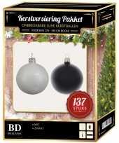 137 stuks kerstballen mix wit zwart voor 180 cm boom