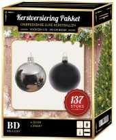 137 stuks kerstballen mix zilver zwart voor 180 cm boom