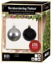 176 stuks kerstballen mix zilver zwart voor 210 cm boom